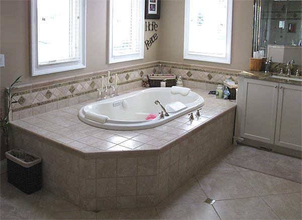 Beau Stone Backsplash, Big Bathroom, Red Walled Bathroom, Sink, Bath Tub